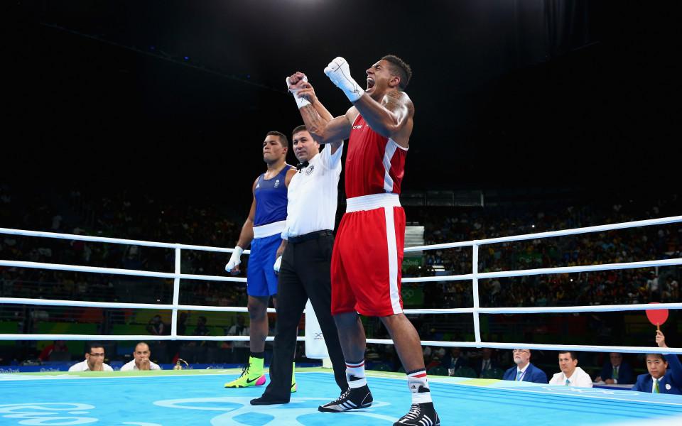 Спряха правата на всички боксови съдии от Рио 2016