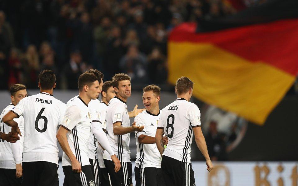 Германия отнесе солена глоба и предупреждение от ФИФА