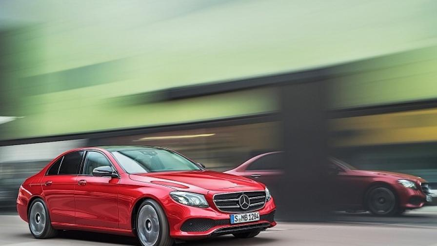 Mercedes става №1, измества BMW