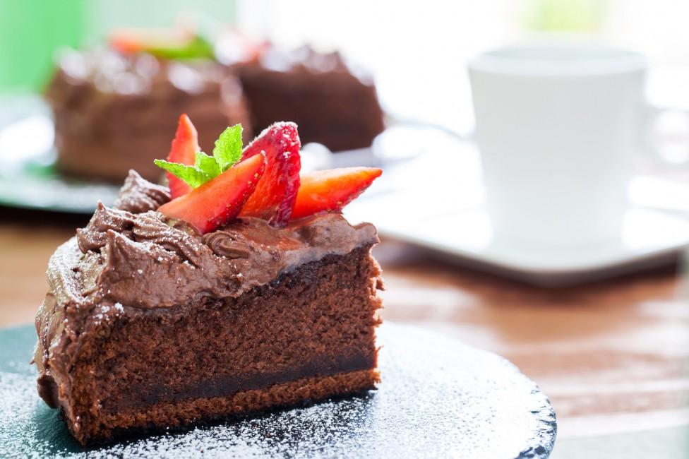 - Сутринта е най-доброто време за консумиране на сладки неща, тъй като именно тогава метаболизмът е най-активен. Според последното проучване...