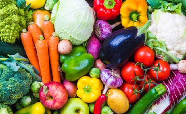 """Защо """"дървени"""" зеленчуци заместиха българските на пазара"""