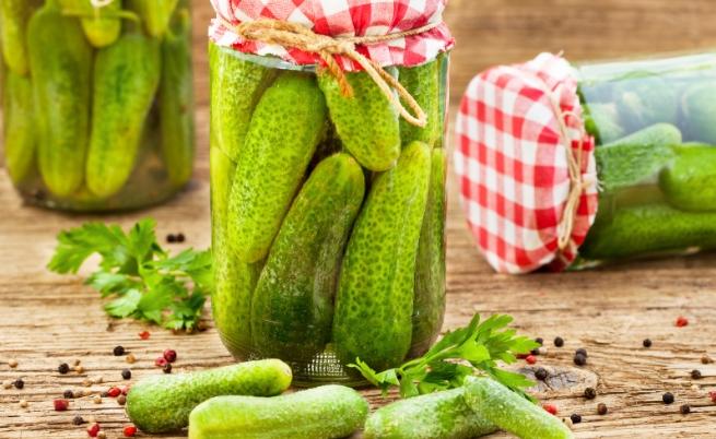 Тяхно величество киселите краставички - 3 рецепти