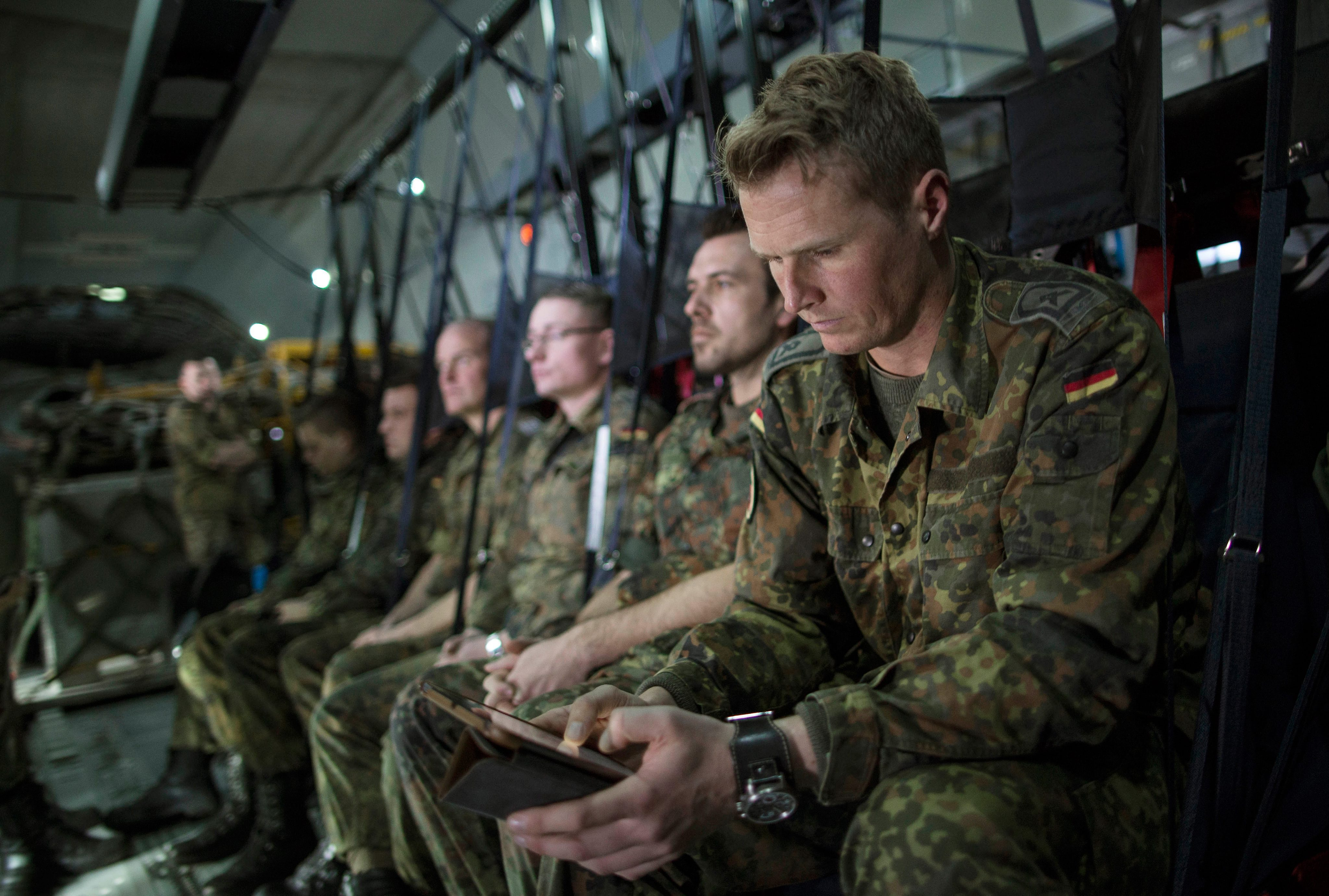 Министърът на отбраната на Германия Урсула фон дер Лайен заяви, че министерството на финансите се е съгласило до 2020 г. да увеличи военните разходи с 10 милиарда евро, които ще бъдат похарчени за нови оръжия и увеличаване на числения състав на армията, която в момента е с численост от 176 509 души и бюджет от 34,4 млрд. евро.
