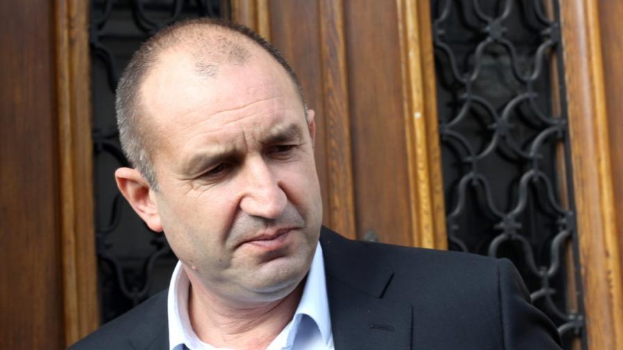 Ген. Радев: Борисов бърка президент с премиер