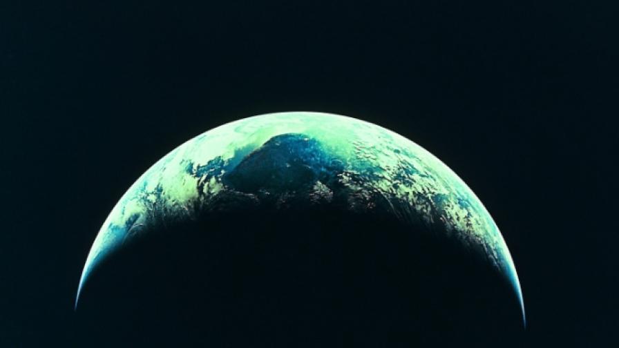 <p>Откриха вода на планета, на която може да има живот</p>