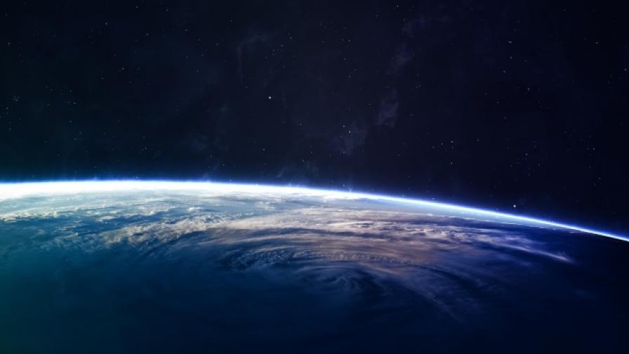 Учени ще измерят отново скоростта на светлината