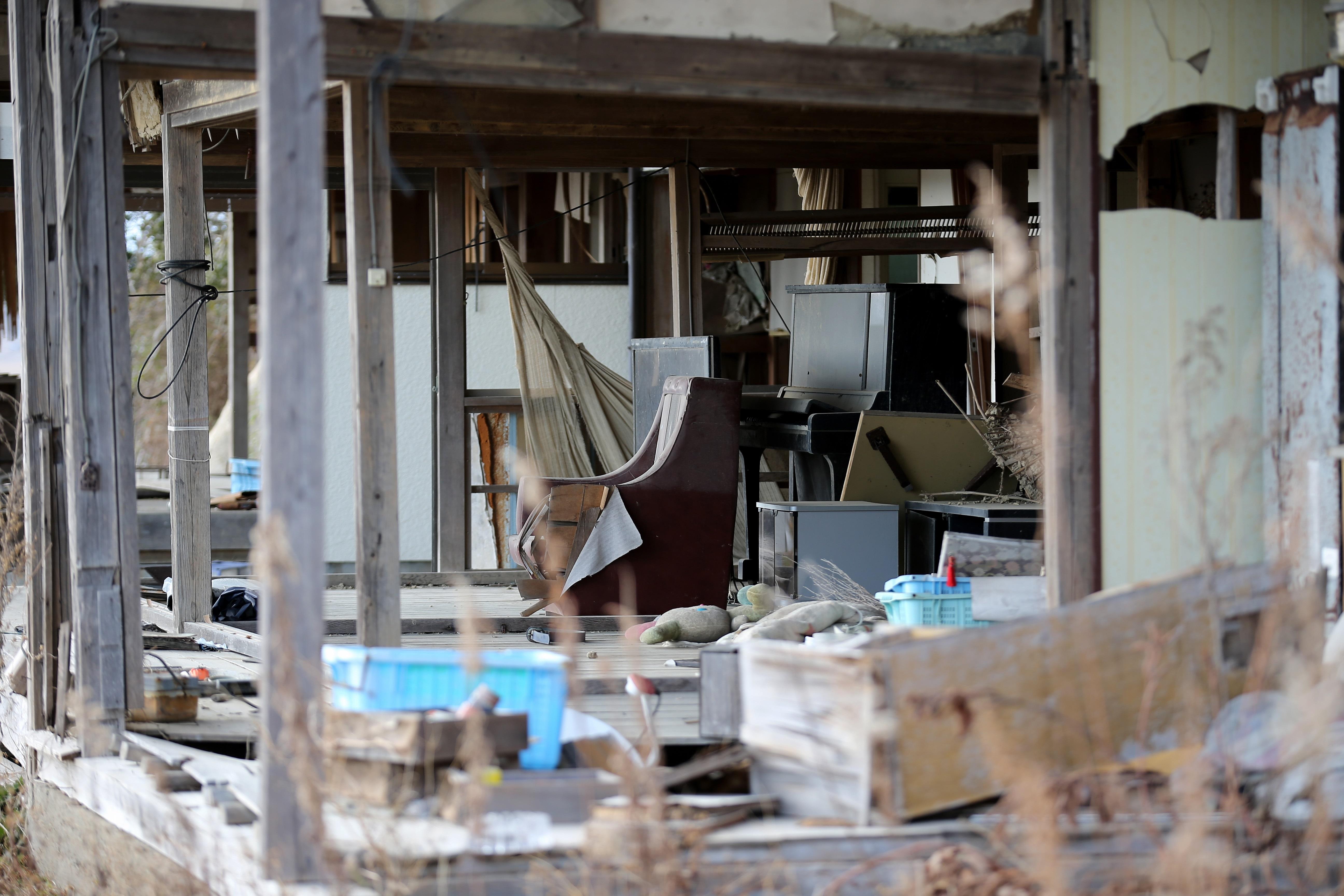 Gрадската зона край японската ядрена централа изглежда като извадена от апокалиптичен филм – недокосната и необитаема