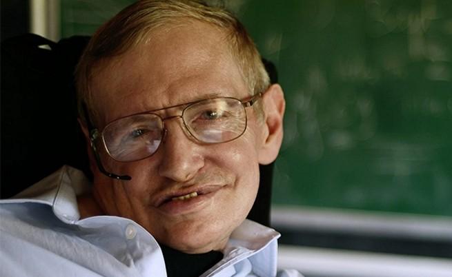 Стивън Хокинг: До 100 години трябва да напуснем Земята
