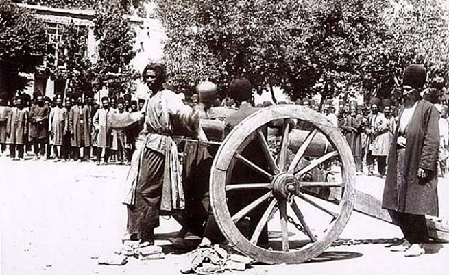Екзекуция с топ в Шираз,Иран, през 90-те години на XIХ в.