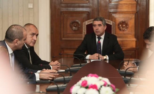 Президентът Росен Плевнелиев ще свиква КСНС заради политическата криза