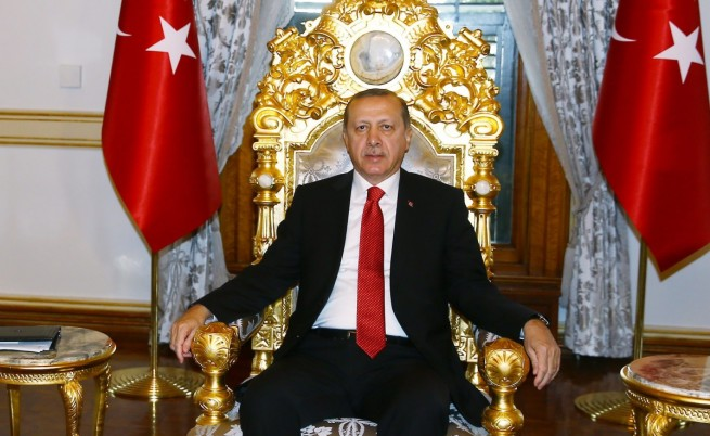 Пътят на Турция от република към султанат