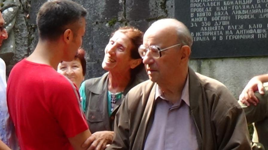 Почина Велко Вълканов