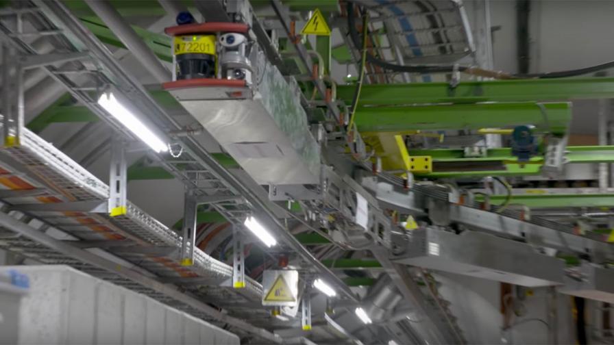 Роботи вече ще поддържат Големия адронен колайдер