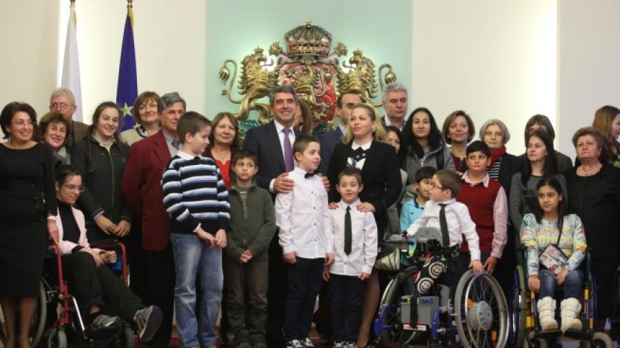 """Плевнелиев: """"Българската Коледа"""" е нашата лична грижа"""