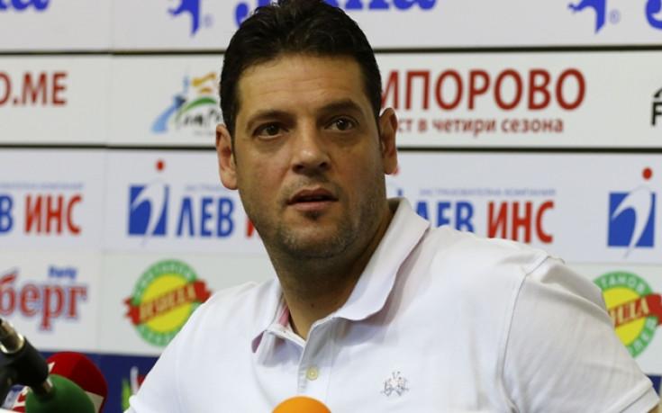 Пламен Константинов и Новосибирск загубиха дербито с Динамо