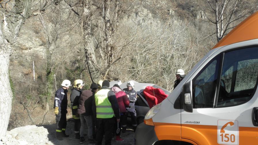 Тежка катастрофа в Кресненското дефиле с ранени