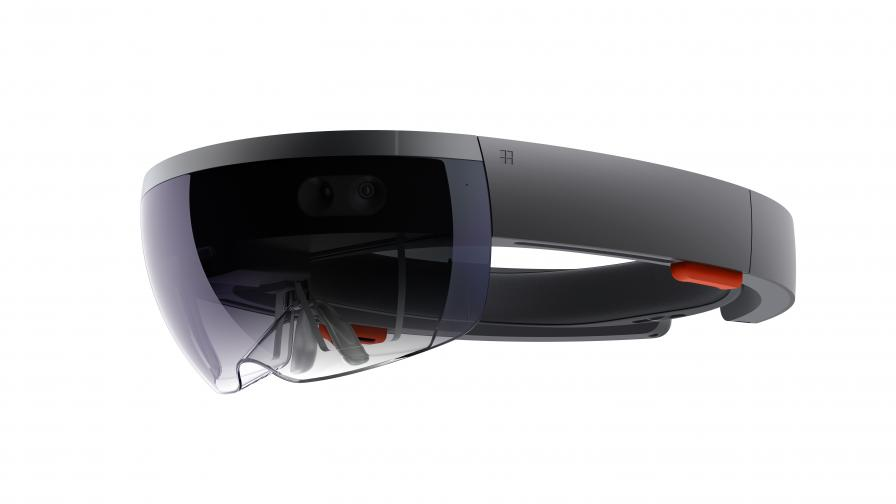 Прототип на очилата HoloLens.