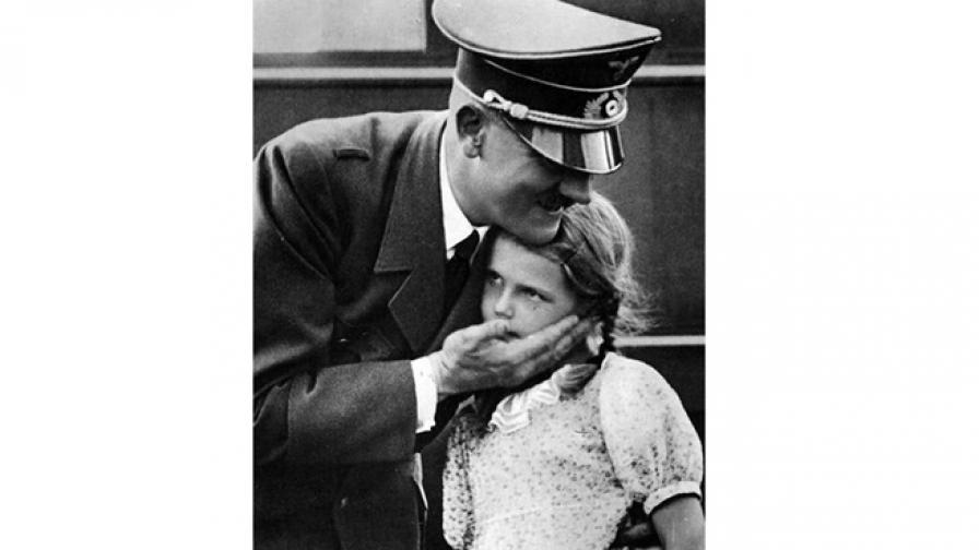 <p>Трагичната съдба на любимото дете на Хитлер</p>