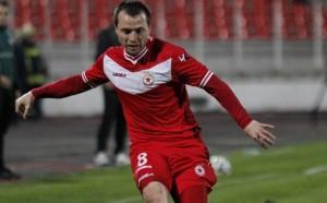 Бившият капитан на ЦСКА ще играе във Втора лига
