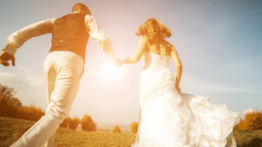 Женим се по-малко, развеждаме се повече