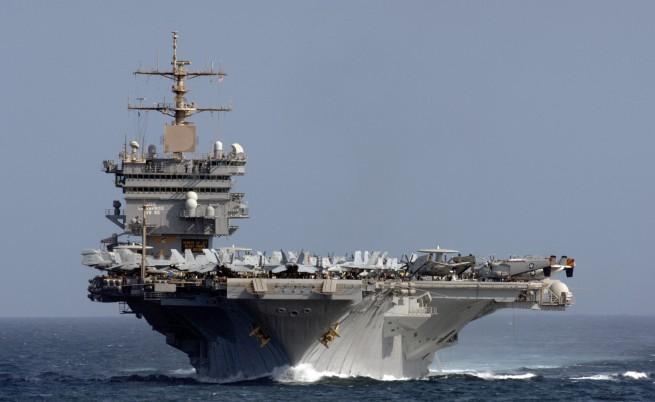 US Enterprise при завръщането му от последната мисия през 2012 г.
