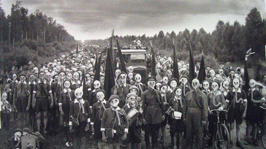 Зловещият образ на децата пионери на Ленинград
