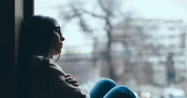 Снимка: Голямата разлика между самотните жени и самотните мъже