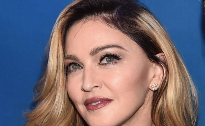 Мадона има връзка с 30-годишен модел