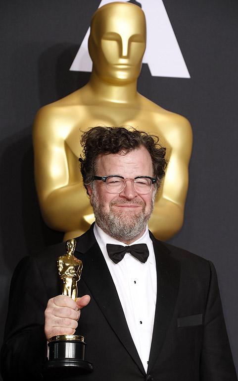 """Наградата за оригинален сценарий. Първи """"Оскар"""" за Кенет Лонерган - автор и режисьор на """"Манчестър до морето"""""""