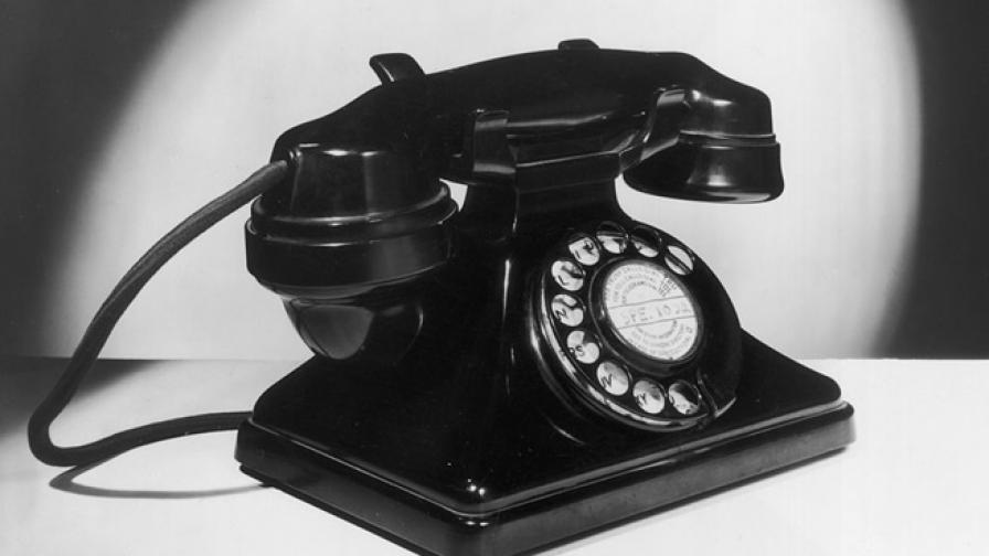 Задържаха 72-годишна пенсионерка за телефонни измами