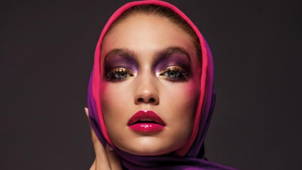 Джиджи Хадид се снима с хиджаб за корицата на Vogue