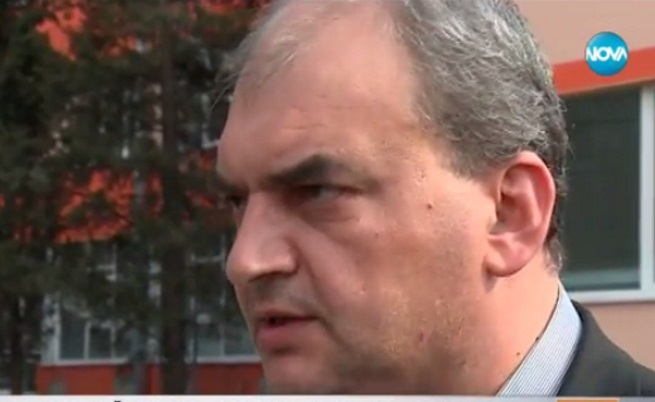 Полицейски шеф изхвърли ордените си пред МВР