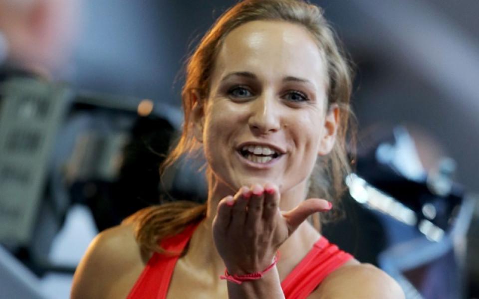 Инна Ефтимова е на полуфинала на 200 м на Европейското в Берлин