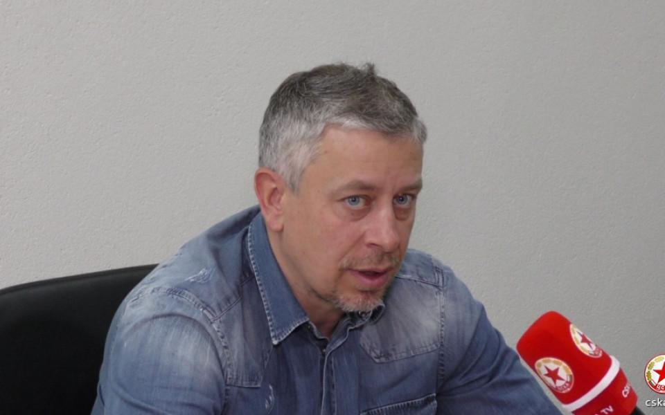 Милко Георгиев: Явно ще трябва да раздаваме още буквари