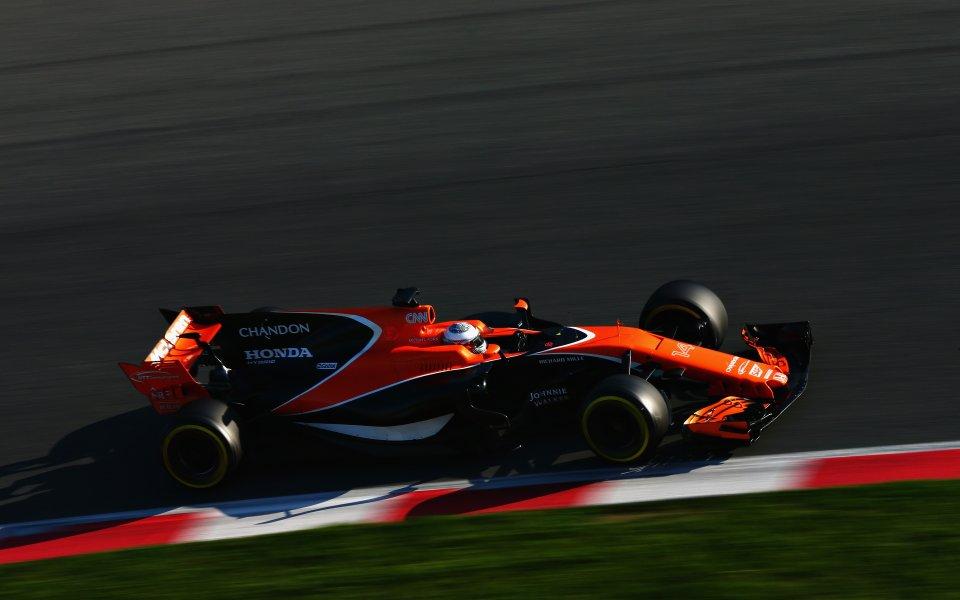 Хонда обеща на Макларън да оправи кашата навреме