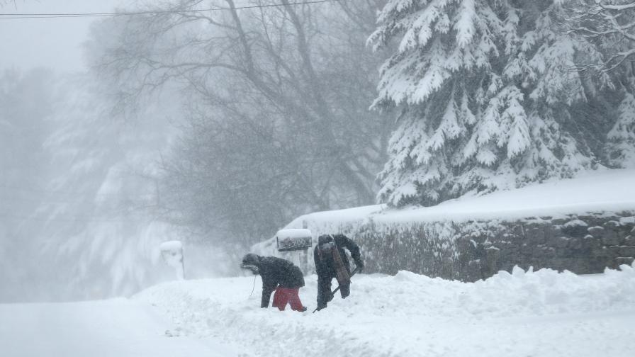 Снежно бедствие в Канада, има загинали