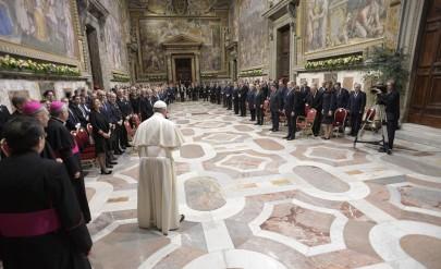 Радев и първата дама при папата, той го поздрави пръв