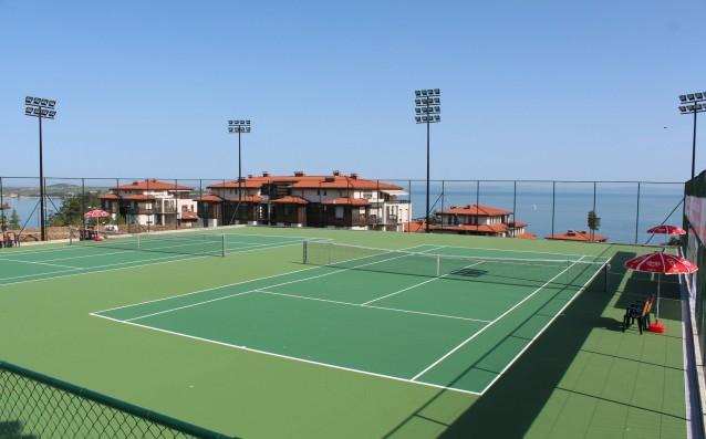Четири българки преодоляха квалификациите на международния турнир по тенис за