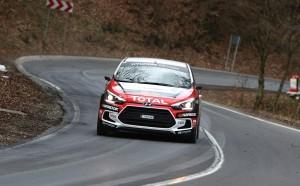 Оспорвани битки в Hyundai Racing Trophy на румънска земя