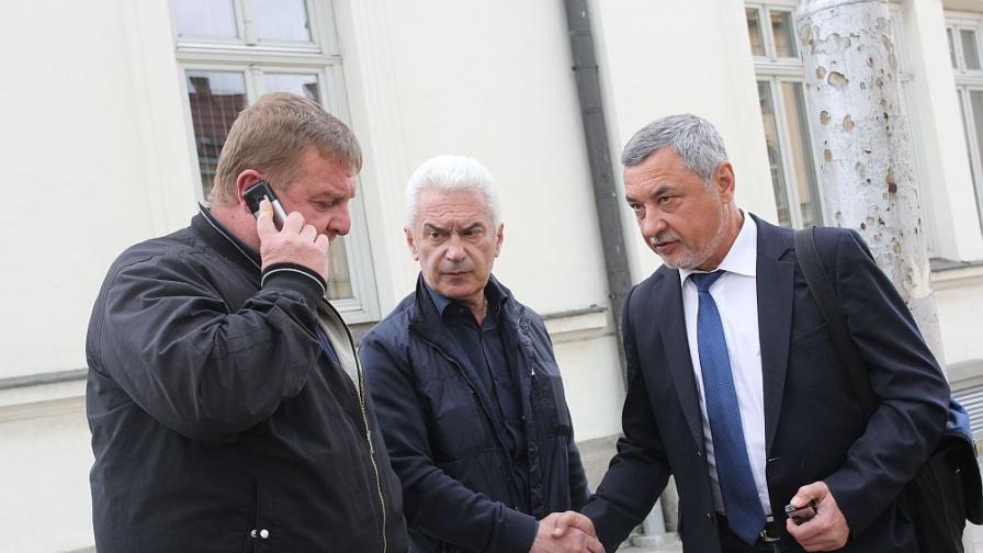 НС: Сидеров, Чуколов и Шопов са изключени от ОП