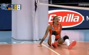Ужасна контузия на бразилска волейболистка