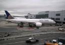 Авиокомпания с брутално отношение към пътник