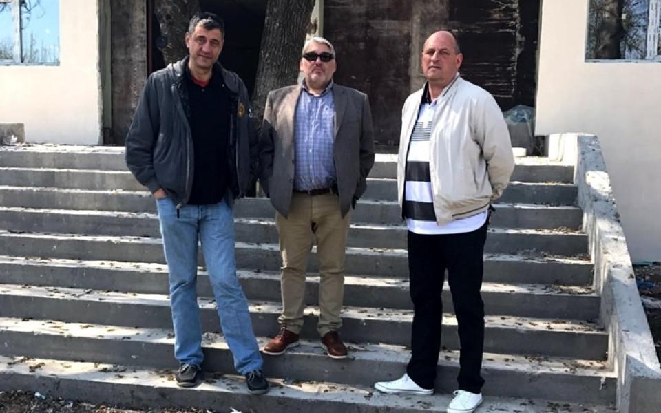 Гергов, Чакмаков и Барчовски се запознаха с работата по новата зала на