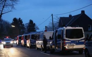 Увеличават мерките за сигурност и на Байерн - Реал