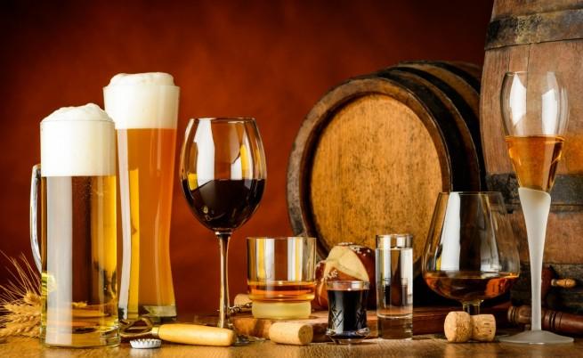 Колко алкохол да пием в сезона на греяната ракия