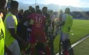 Кадри от дивия екшън в Корсика, спрял мач от Лига 1