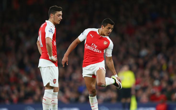 Доказателство, че Йозил и Санчес се махат от Арсенал