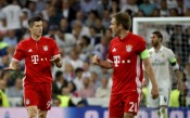УЕФА пощади Байерн за нахлуването при съдиите