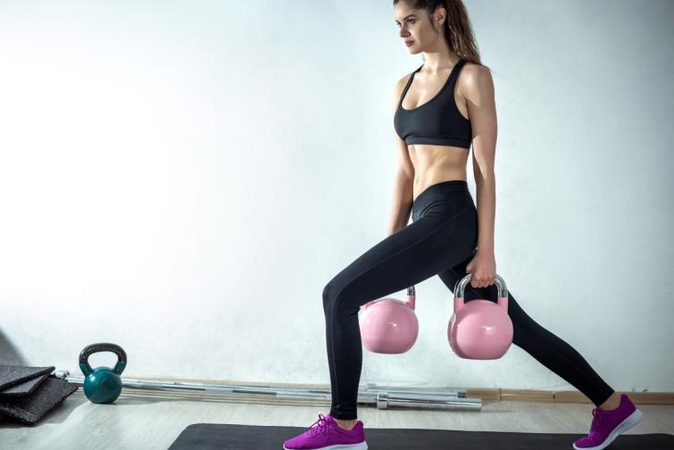тренировка кетълбел фитнес пудовки
