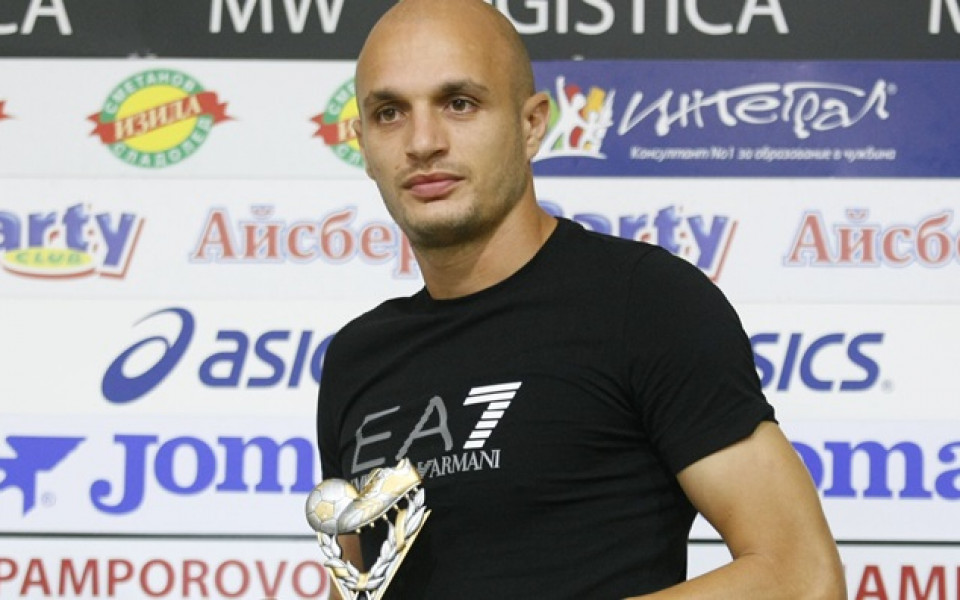 Заместникът на Божинов подписа с Ботев Враца
